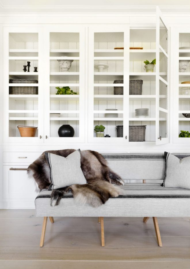 a-styled-moment-in-the-breakfast-nook-and-pantry-house-tour-via-coco-kelley-709x1000