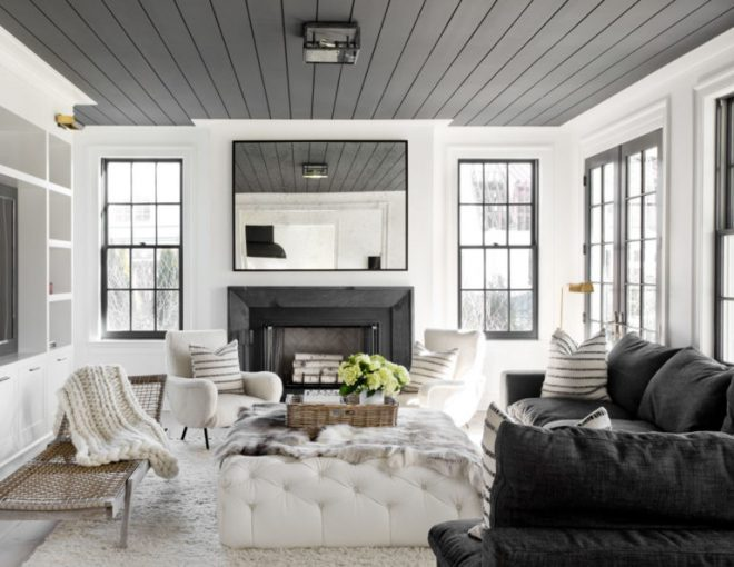 grey-ceilings-make-this-black-an-white-living-room-cozy-house-tour-via-coco-kelley-768x594
