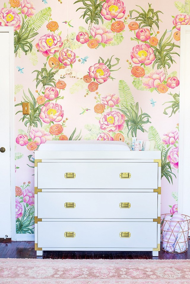 tour-a-glam-floral-nursery-by-emily-henderson-1673737-1456444627.640x0c
