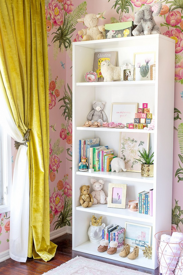tour-a-glam-floral-nursery-by-emily-henderson-1673742-1456444710.640x0c